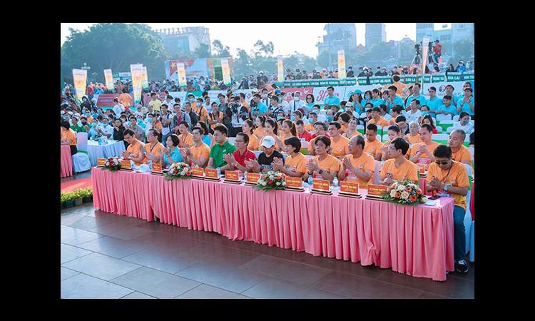 Herbalife Việt Nam hỗ trợ tổ chức Giải Vô địch marathon báo Tiền Phong 2021