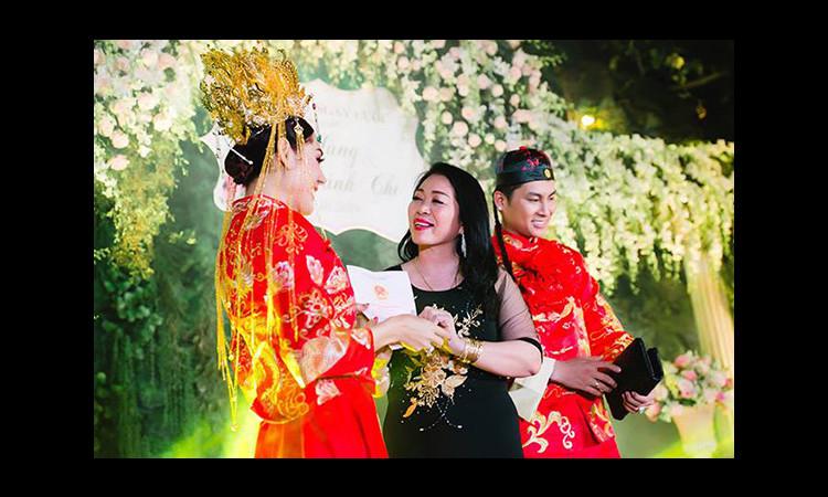 Lâm Khánh Chi tiết lộ bí quyết lấy lòng mẹ chồng