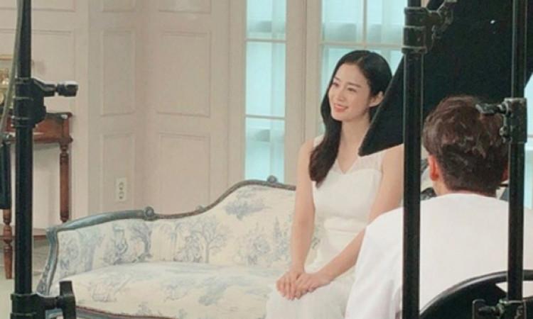 Kim Tae Hee 'phát tướng' sau gần một năm sinh em bé