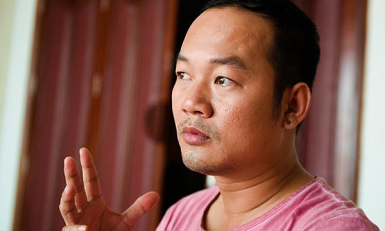 Long đẹp trai: 'Hoài Linh không đóng kịch nên sân khấu vắng khách'