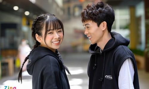 Hồng Thanh thăm DJ Mie ở hậu trường