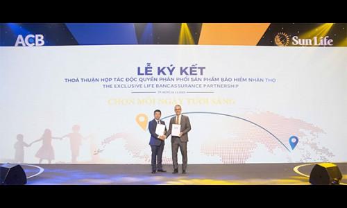 ACB bắt tay Sun Life Việt Nam độc quyền phân phối sản phẩm bảo hiểm nhân thọ 15 năm