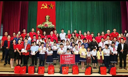 """Generali Việt Nam triển khai kế hoạch cứu trợ """"Sát Cánh Bên Miền Trung"""" với tổng số tiền hỗ trợ hơn 6,5 tỷ đồng"""