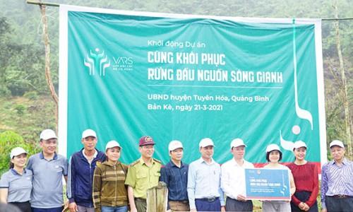 """Dự án """"Cùng phục hồi rừng đầu nguồn sông Gianh"""" đặt mục tiêu trồng 100 hecta rừng trong năm 2021"""