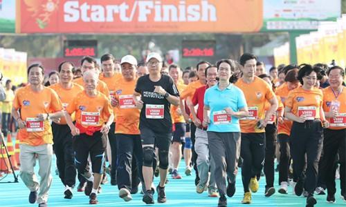 Herbalife hỗ trợ tổ chức giải Vô địch quốc gia marathon và cự ly dài báo Tiền Phong