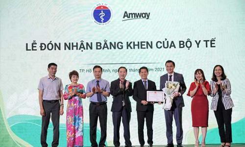 Amway Việt Nam lần thứ 2 liên tiếp nhận Bằng khen của Bộ trưởng Bộ Y tế