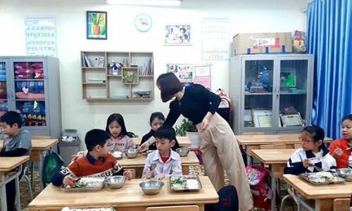Herbalife Nutrition tổ chức Chương trình Ngôi Sao NFZH khuyến khích trẻ em ăn uống lành mạnh và chăm vận động