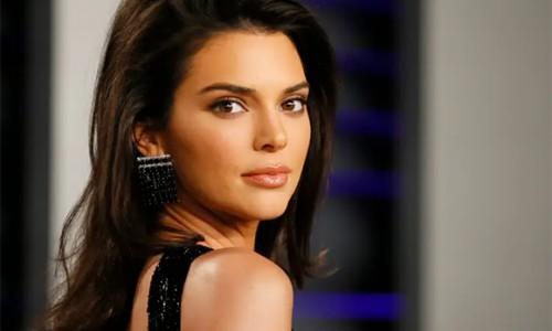 Kendall Jenner mắc chứng rối loạn lo âu