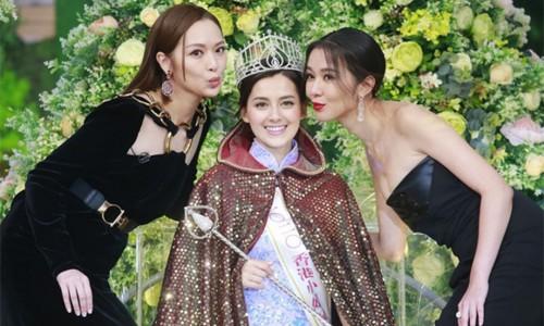 Tăng Chí Vỹ trở lại ghế nóng Hoa hậu Hong Kong 2021