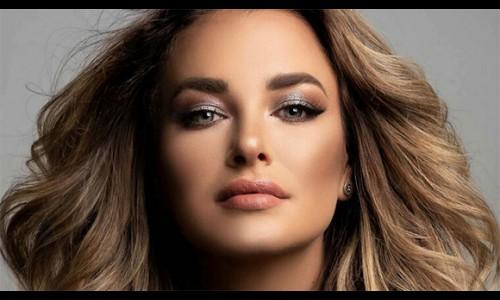 Người đẹp Colombia tố bị đại diện Chile đốt váy ở Miss Universe
