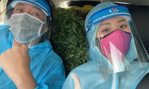 Hoa hậu Khánh Vân lái ôtô chở 1,5 tấn rau tặng người dân