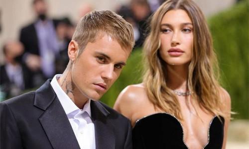 Hailey: 'Họ nói tôi chẳng là ai nếu không cưới Justin Bieber'