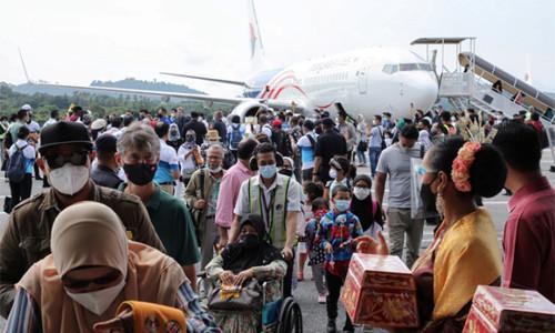 Đạt mục tiêu tiêm chủng, Malaysia cho dân đi lại tự do giữa các bang