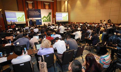 """Tetra Pak chia sẻ kinh nghiệm bảo vệ môi trường tại Hội thảo """"Thúc đẩy nền kinh tế tuần hoàn ít phát thải khí carbon tại Việt Nam – từ kinh nghiệm của Thụy Điển"""""""