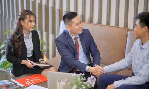 Prudential Việt Nam đồng hành và hỗ trợ khách hàng không may nhiễm virus Corona