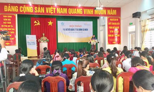 """Sun Life Việt Nam phối hợp với Hội Liên hiệp Phụ nữ truyền thông chương trình """"Phụ nữ và quản lý tài chính cá nhân"""""""