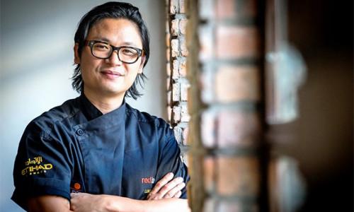 """Theo chân bếp trưởng tài hoa Luke Nguyễn khám phá """"Thực đơn ngẫu hứng"""" tại Việt Nam"""