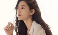 Jeon Ji Hyun quyên góp 85.000 USD sau khi bị chỉ trích keo kiệt