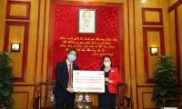 Prudential Việt Nam đóng góp vật dụng y tế chống dịch Covid-19