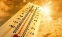 TP. HCM còn nắng nóng oi bức thêm vài ngày nữa rồi chuyển mưa, cảnh báo tia UV ở mức gây hại cho cơ thể