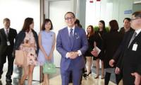 Á hậu Hong Kong ở nhà đẹp, tiêu xài 'thả ga' khi yêu tỷ phú ba con