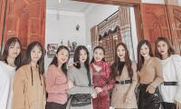Hương Tràm từ Mỹ về Nghệ An đón Tết cùng gia đình