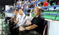 HLV Park đến sân xem U19 nữ Việt Nam đấu Hàn Quốc