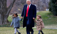Các con của Donald Trump đăng ảnh chúc sinh nhật lần thứ 73 của bố