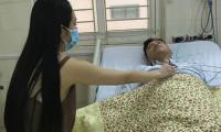 Tuấn Hưng nhập viện vì suy nhược